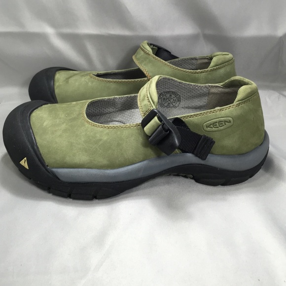 71 keen shoes s keen hiking sandals from