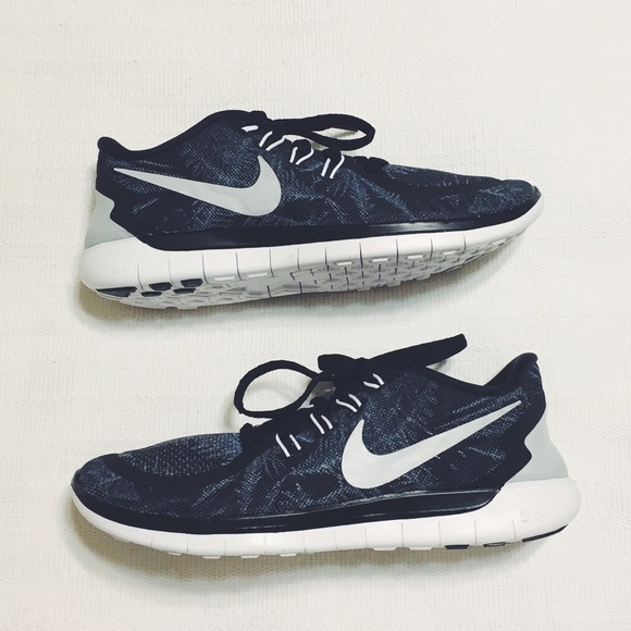 e241ce25933a Nike Free 5.0 Solstice running shoes