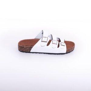 "Desert Rose Apparel Shoes - Nature Breeze ""Birks"" Melbourne 3 Strap - White"