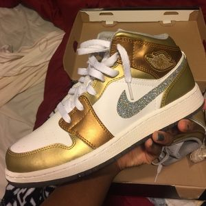 1ace2a8f8af38 Nike Shoes | Jordan Girls This Shoe Is A 7y | Poshmark