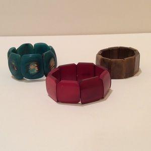 Set of 3 natural bead bracelets