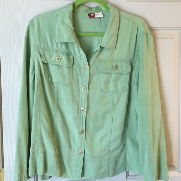 Jennifer Moore - Green lightweight shirt jacket. from Laura's ...