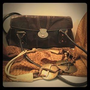 East 5th Handbags - East 5th Avenue Shoulderbag