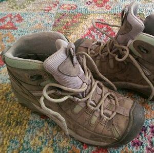 Keen Shoes - KEEN Targhee II Mid hiking boots used once EUC
