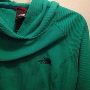 Green North Face pull over