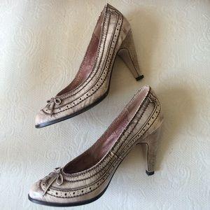 Seychelles vintage inspired leather heels