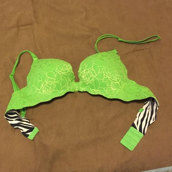 d9c410a7f6f2e Victoria s Secret Secret Embrace Push Up bra. M 56d61aaa8f0fc452f500b4cf