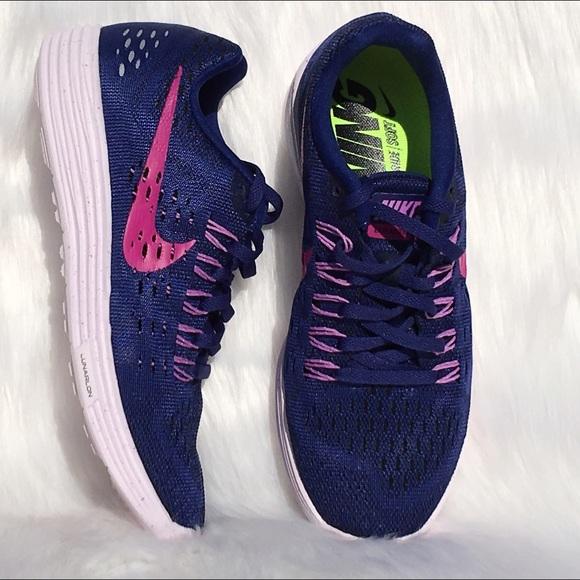 ✨SALE✨Women's Nike Lunar Tempo