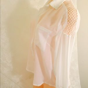 Beautiful and stylish white blouse.FINAL CLEARANCE