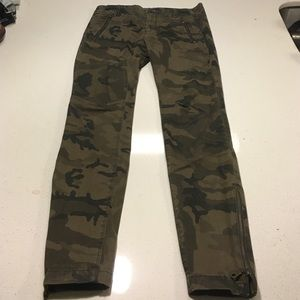 Camo pants from Zara