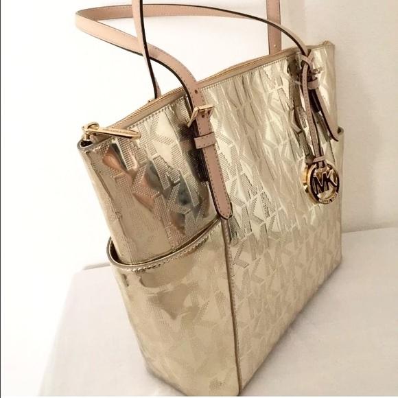 7a666cfbe4afc Michael Kors Bags - 🆕 BNWT Michael Kors Gold Monogram Metallic Tote ...