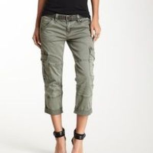 Aeropostale Pants - Army green crop pants Aeropostale