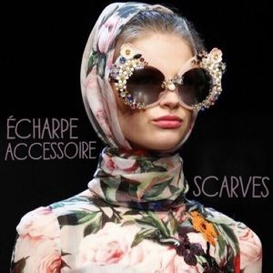 Accessories - The ultimate fashion accessoire -  l'echarpe.