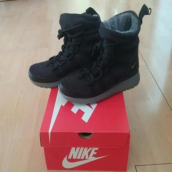 ccc6eeb00bb04d Nike Roshe One Hi Sneakerboot boot NEW NWT