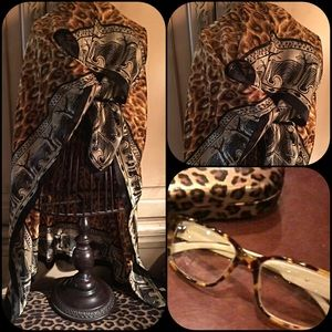 Accessories - Leopard print scarf with tiger and elephants