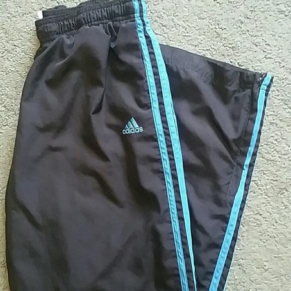 Adidas pantalón gris oscuro y azul poshmark de viento