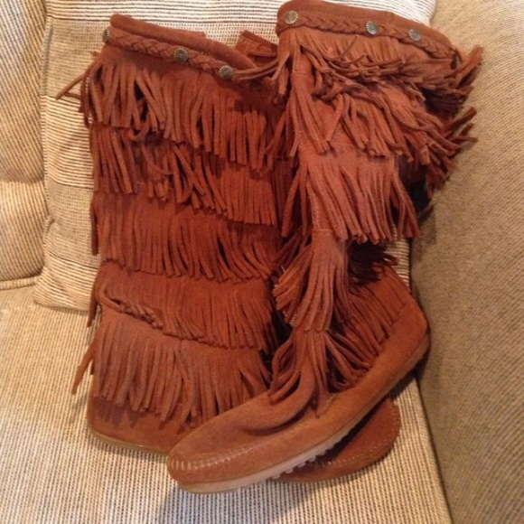 5 Layer Brown Fringe Boots