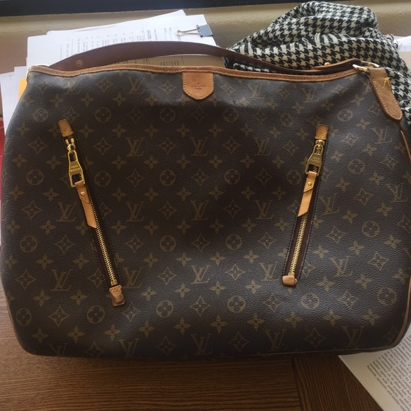 Louis Vuitton Handbags - Louis Vuitton Delightful GM 55925a87e