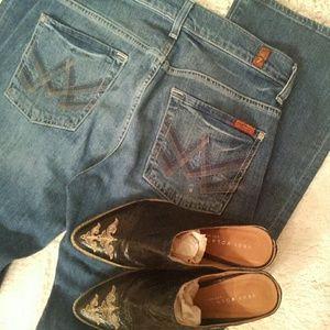 Sale***7FAM 'A' pkt bootcut jeans