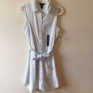 Light wash chambray sleeveless dress