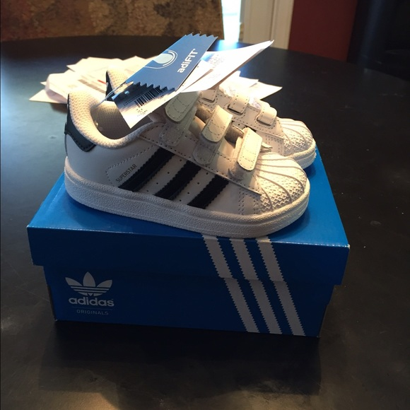 adidas kids shoes velcro