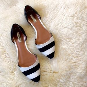 Halogen pointy toe flats stripe