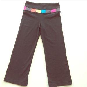 Lululemon cropped groove pants