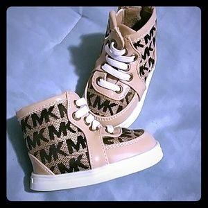 Michael kor infant shoes
