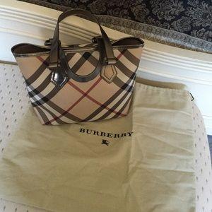 Burberry Handbags - Burberry bag