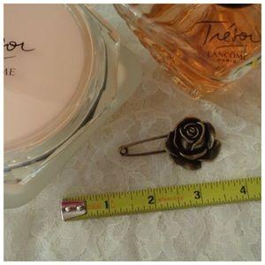 Metal Vintage Look Rose Sweater/Scarf Pin NEW