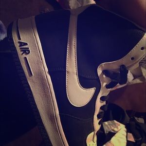 Mens Nike Air Force 1 Size 9