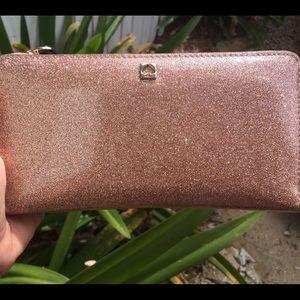 Kate Spade Mavis Street Zippy wallet