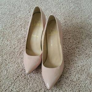 Christian Louboutin, nude pumps.