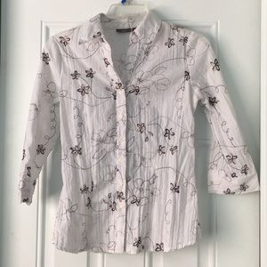 Apt. 9 Tops - White Floral & Pleated Button Down Shirt