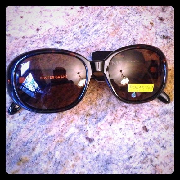 1108eb9979c Foster Grant Floral Stems Sunglasses
