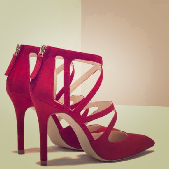b8c5ce9468b4d6 ZARA RED POINTED CRISS CROSS STRAPPY HIGH HEEL
