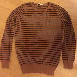 Cute striped sweater!