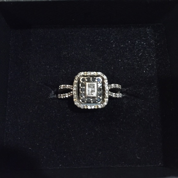 61% off Kay Jewelers Jewelry Black and White Diamond White Gold Ring from