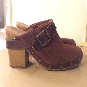 Women's Lucky Brand Brown Clogs