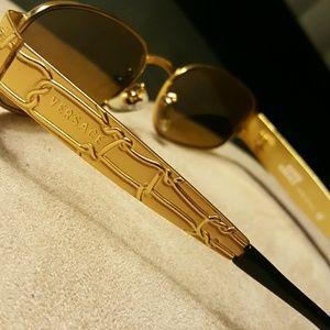 bb6e1c8972a2 Versace Accessories - FINALPRICEDROP! Vintage Gianni Versace Gold glasse