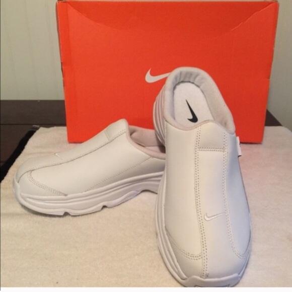 New Nike sneakers mule nursingcasual