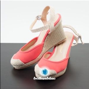 1 HR SALEThe stunning MICAH wedges - CORAL