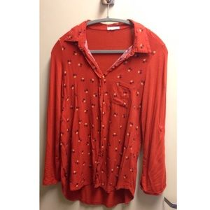 Clover patterned Pleione blouse