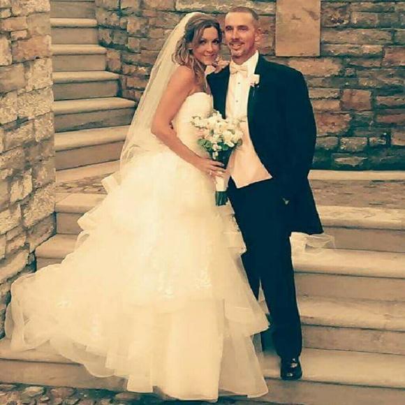 aed305ec23518 Vera Wang Dresses | White By Strapless Tulle Wedding Dress | Poshmark
