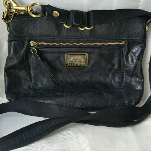 df486c261e76 Coach Handbags - Coach Poppy Black Leather Crossbody Bag Purse