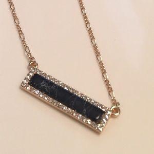 Jewelry - Bar necklace with black variegated stone rhineston