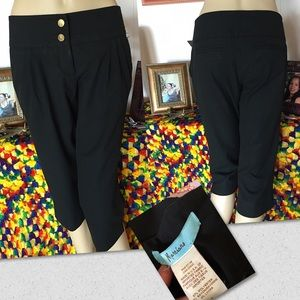 Marciano Pants - Marciano Women's Black Capri Cropped Pants Size 4