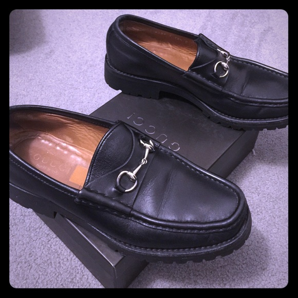 Gucci Shoes - Gucci Women s Black Leather Horsebit Loafer 01cf4988d
