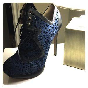 Stunning Nicholas Kirkwood silk lace up booties