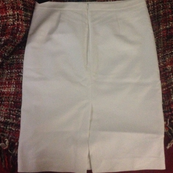 42 zara dresses skirts authentic zara basic midi